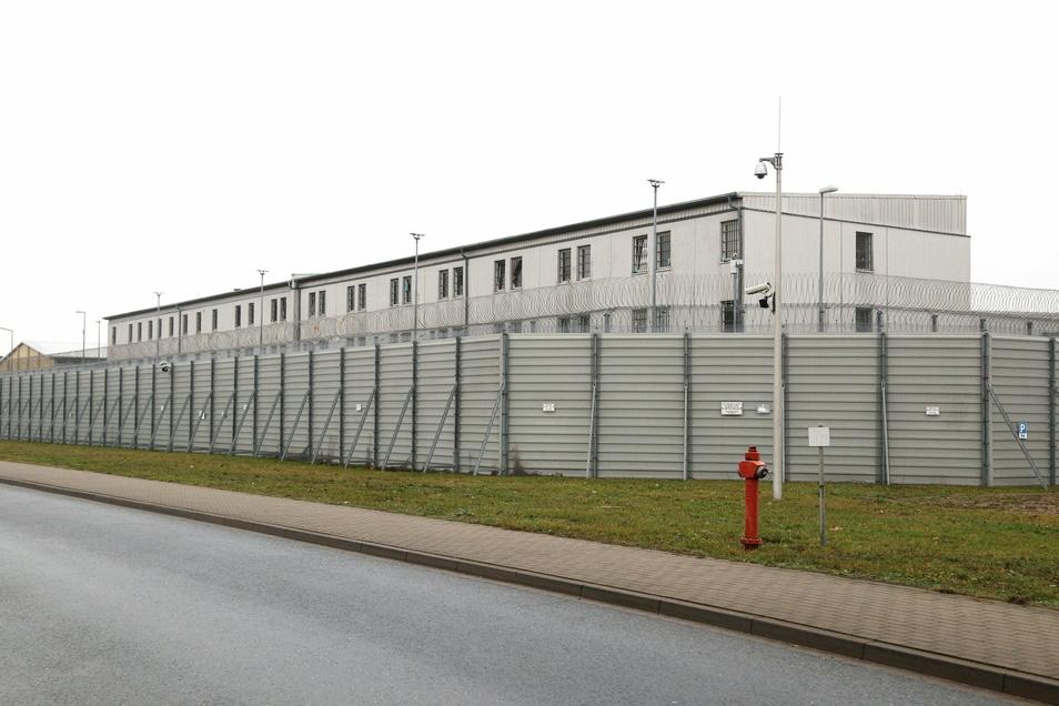 Der vor 21 Jahren eingeweihte Containerkomplex dürfte leicht abbaubar sein. Aber was wird aus den anderen Gebäuden?