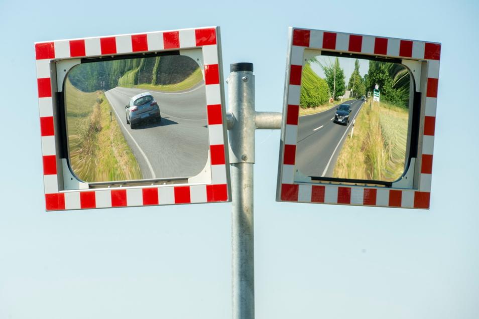 """Die Durchfahrt in Skassa ist für Anwohner oftmals eine unhaltbare Situation. Das vorgeschriebene Tempolimit wird oft überschritten. Deshalb ist ein Radweg, inklusive """"Begradigung"""" der S 40, seit Jahren in der Diskussion."""
