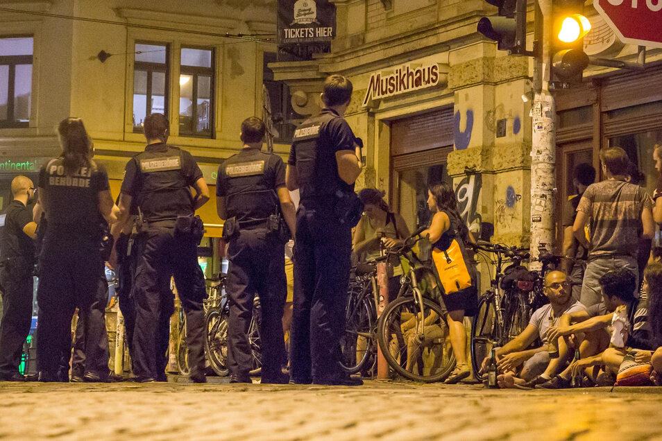 Auch an diesem Wochenende musste die Polizei in der Neustadt hart durchgreifen.