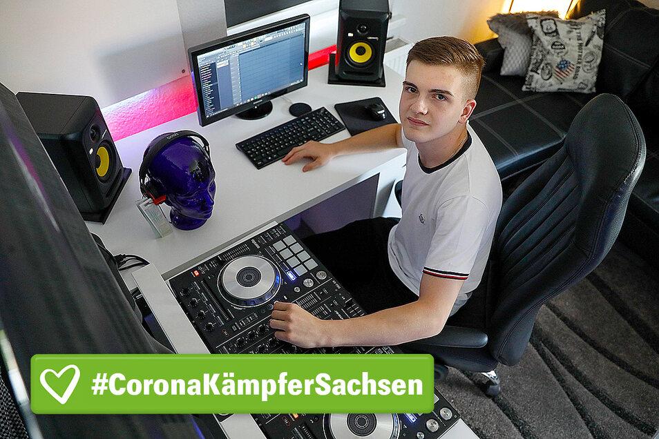 Nino Neumann arbeitet als DJ. Wegen Corona hatte er jetzt keine Auftritte mehr. Um trotzdem Arbeit zu haben, gründete er ein eigenes Musiklabel.