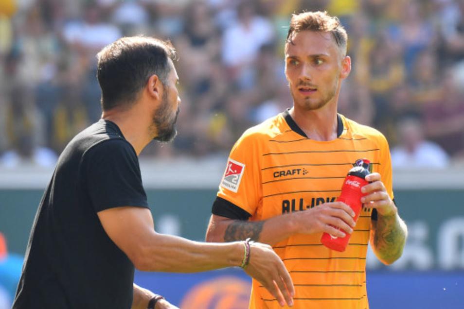 Linus Wahlqvist, hier noch mit Ex-Coach Cristian Fiel, geht zu seinem Ausbildungsverein ins schwedische Norrköping. Zum Abschied bedankte er sich bei den Dynamo-Fans.