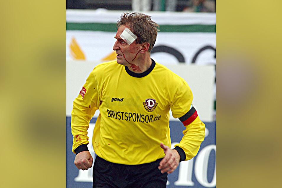 Steffen Heidrich hat sich als Kapitän von 2001 bis 2004 reingehauen – einige Spiele mit dem Schriftzug Brustsponsor.de auf dem Trikot.