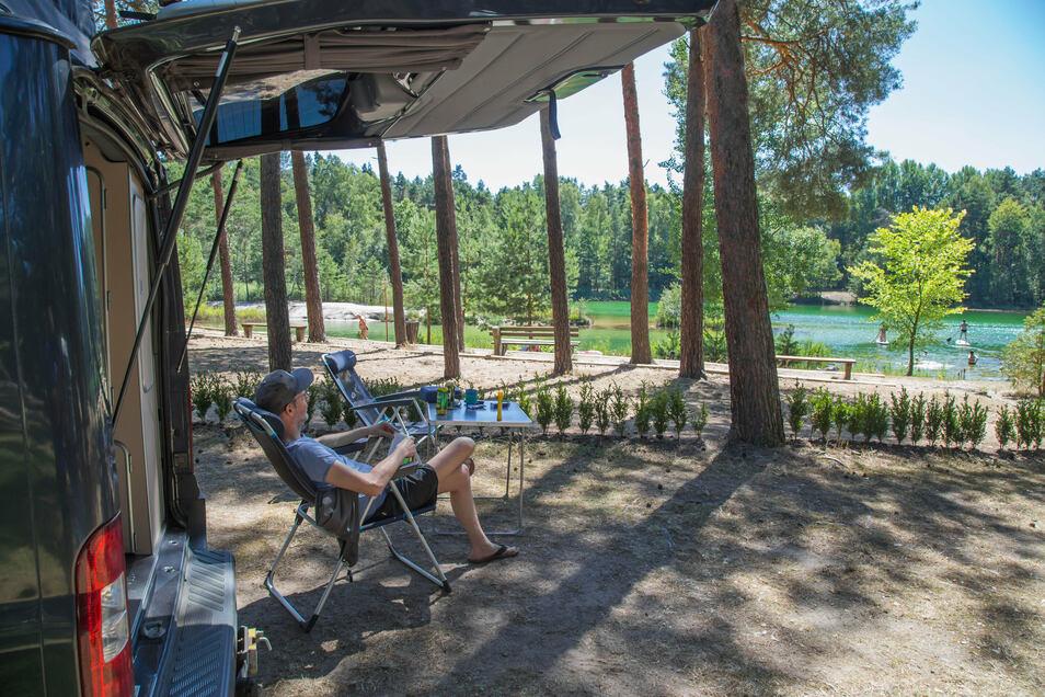 Camper am Waldsee in Biehain: Der Trend geht zum Urlaub im eigenen Land.