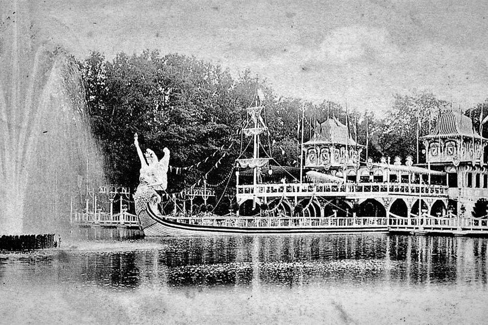 """1902 hatte eine groß angelegte Oberlausitzer Gewerbe- und Industrieschau in der Weinau Premiere. An Attraktionen wie diesen """"Reichsdampfer mit Lichtfontäne"""" nach einem Entwurf des Zittauer Architekten Schiesser wurde nicht gespart."""