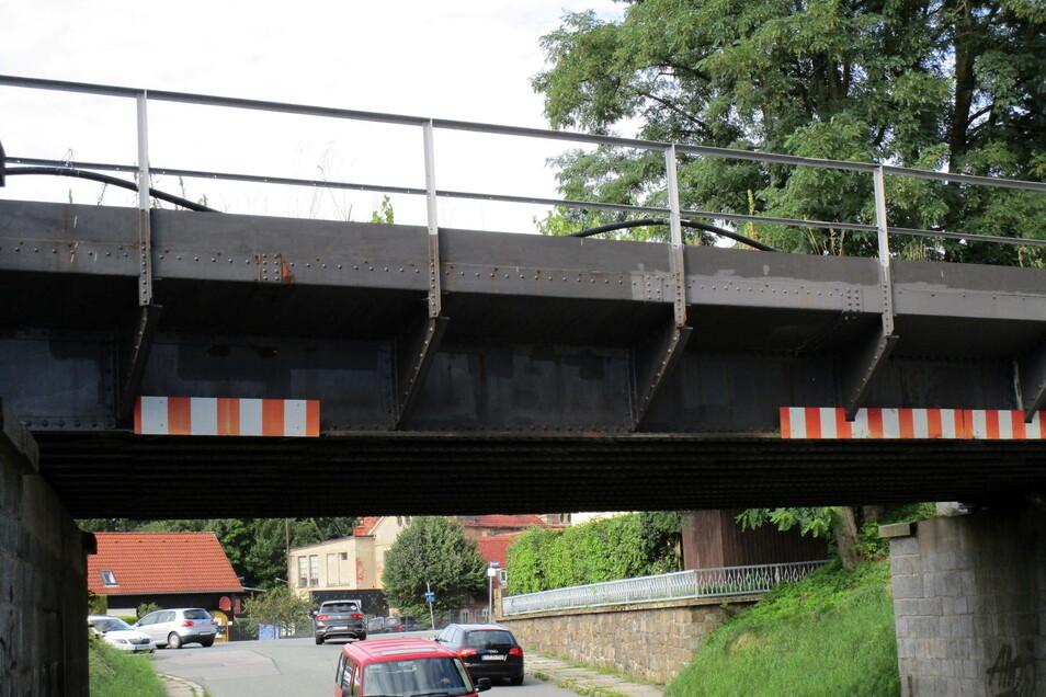 Die beschädigte Brücke in Neugersdorf.