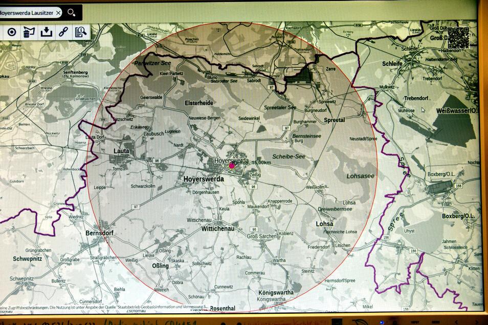 So sieht auf dem GeoSN-Portal des Freistaates der 15-Kilometer-Radius aus, gezogen um die Adresse Lausitzer Platz 1 in Hoyerswerda – der TAGEBLATT-Adresse.