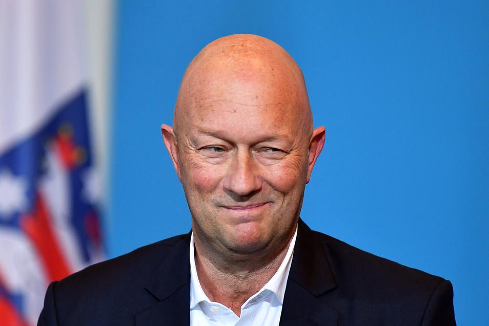 Thomas Kemmerich ist völlig überraschend und mit den Stimmen der AfD zum neuen Ministerpräsidenten in Thüringen gewählt worden.