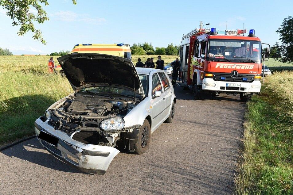 Am VW entstand Sachschaden. Verletzt wurde der Fahrer nicht.