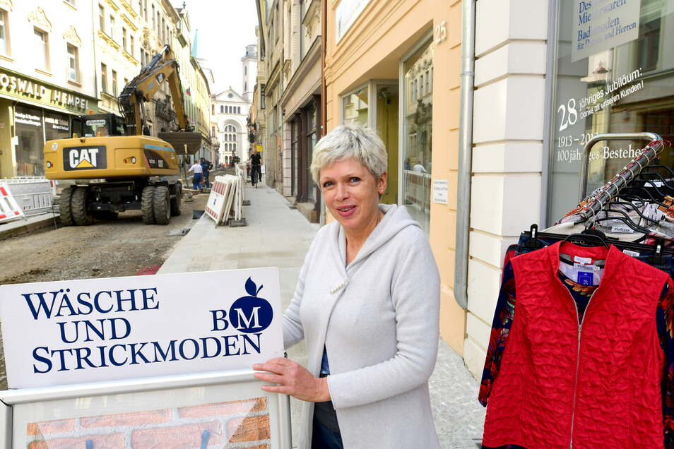 """Bärbel Michels Geschäft """"Wäsche und Strickmoden"""" ist nun wieder besser erreichbar."""