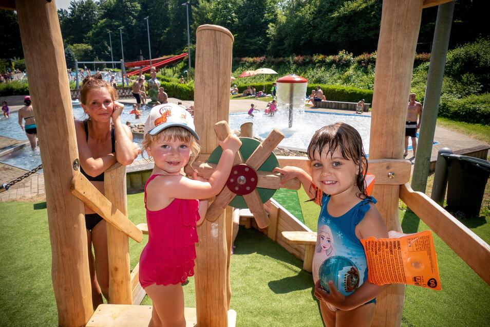Ein neues Spielgerät für die Kinder gibt es im Freibad Wolfstal in Roßwein.