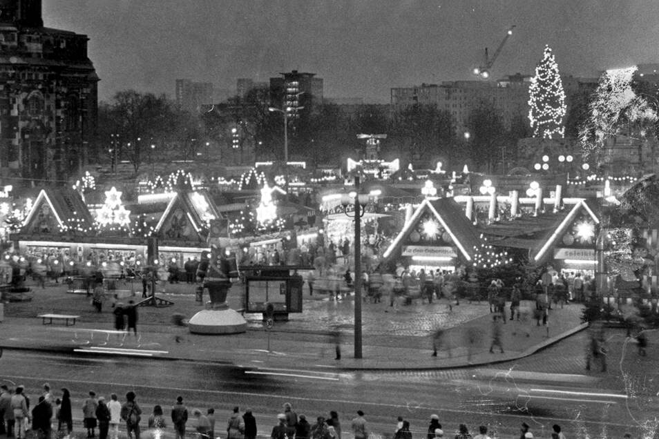 1989: Der Dresdner Striezelmarkt im Wendejahr.