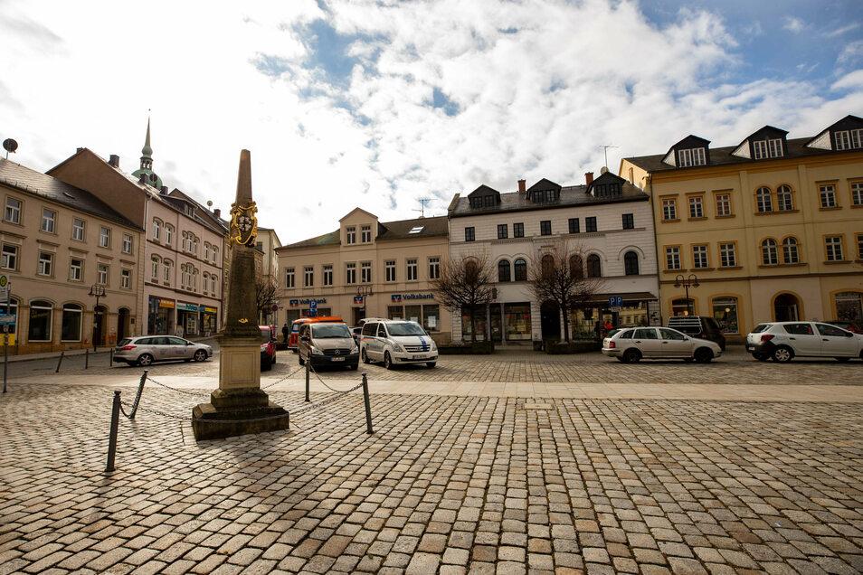 Sebnitzer Marktplatz: Am Zweiten Advent bleiben die Läden zu.