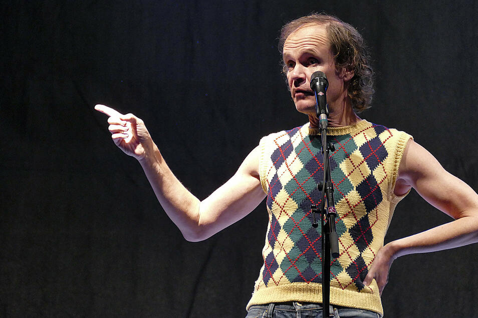 Olaf Schubert Frau / Kolner Treff Talk Mit Kabarettistin