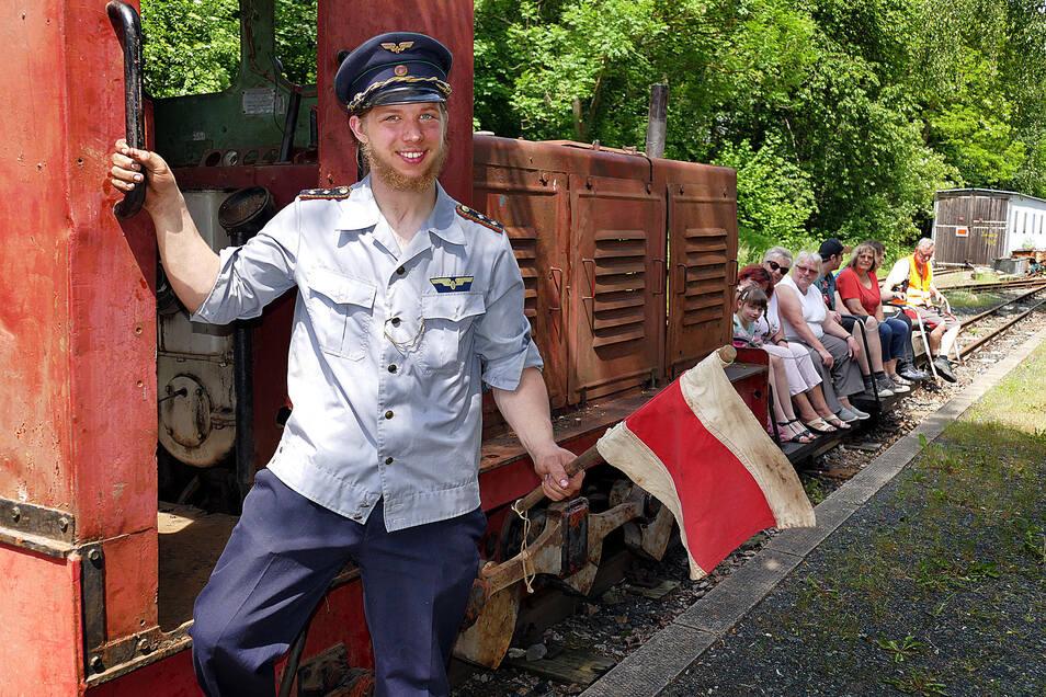 Am Pfingstwochenende soll es wieder fröhlich zugehen in Waldheim. Wie hier mit Andreas Röder beim Bahnhofsfest der Rauschenthalbahn im Sommer 2019.