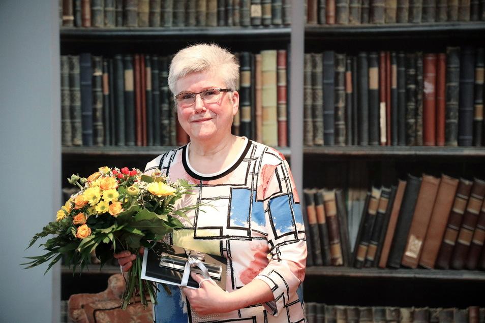 Karin Proschwitz verlässt nach mehr als 37 Jahren die Riesaer Bibliothek.