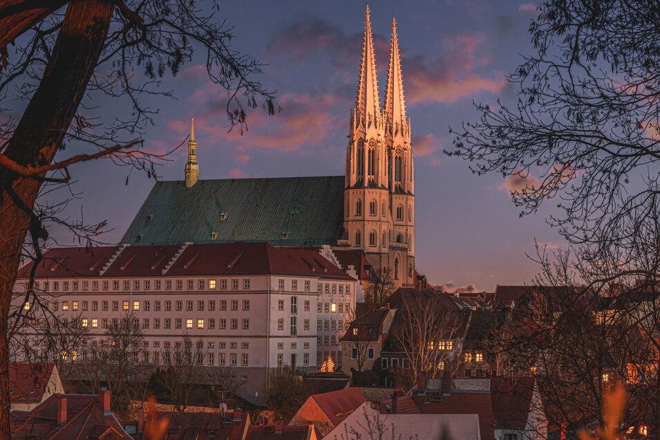 Das Wahrzeichen der Stadt Görlitz ist die Kirche St. Peter und Paul, auch Peterskirche genannt.