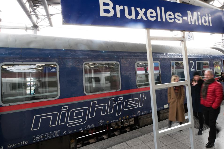 Ein Nachtzug soll künftig Prag und Brüssel verbinden. Hier im Bild: ein ÖBB-Nightjet am Bahnhof Bruxelles-Midi.