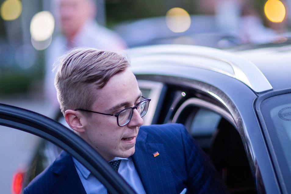 Vor einer wichtigen Vorstandsberatung setzt der aufsteigende Jungpolitiker Philipp Amthor ein weiteres Signal der Demut.