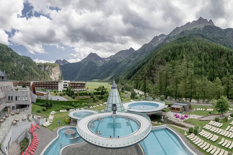 Die Tirol Therme in Längenfeld rund 15 Kilometer vorm Skigebiet Sölden bezieht Dynamo in den nächsten neun Tagen.