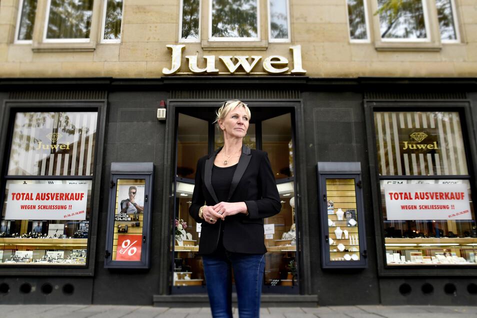 Susann Kless-Ehrig muss das Uhren- und Schmuckgeschäft Juwel auf der Wilsdruffer Straße schließen. Damit endet ein Lebenstraum von ihr.