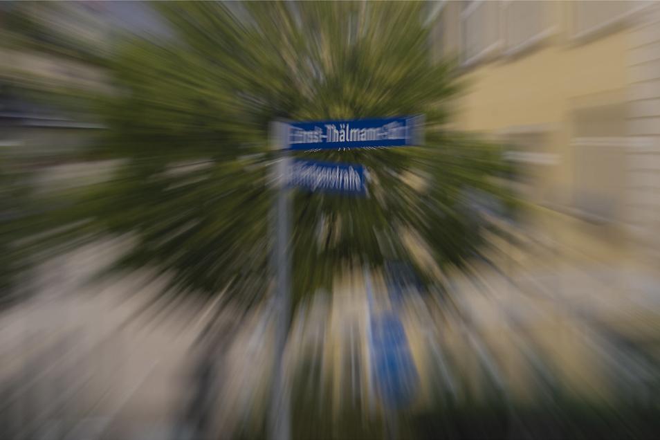 Bleibt Ernst Thälmann Namensgeber der Straße oder kommt Woldemar Winkler: Der Heidenauer Stadtrat muss entscheiden.