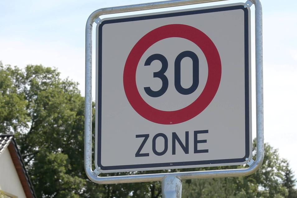 Wird die Höchstgeschwindigkeit auf der Zittauer Bergstraße nach einem Unfall gedrosselt?