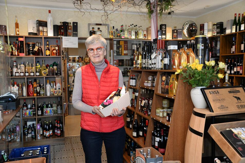 Beate Radisch, Inhaberin der Wein- und Getränkehandlung Flicke in Niesky.