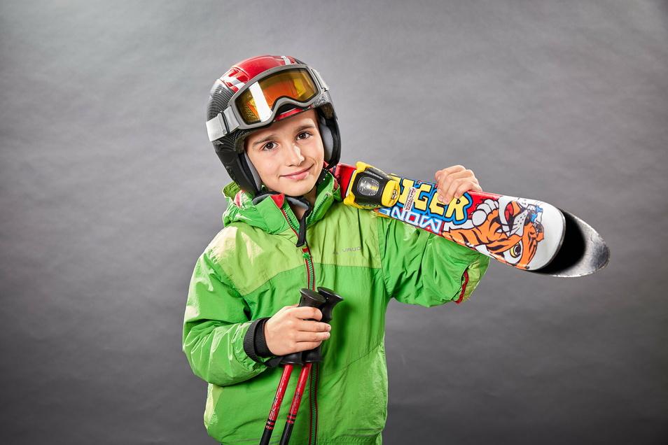 Leon Rump aus Pirna findet Skifahren cool.