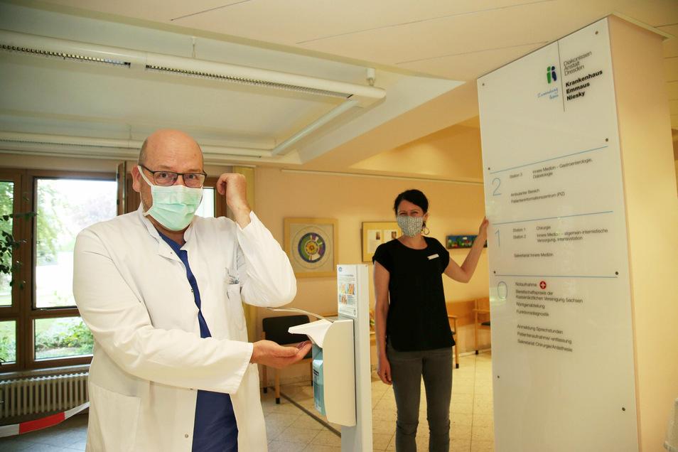 Chefarzt Rainer Stengel vom Nieskyer Emmaus-Krankenhaus .