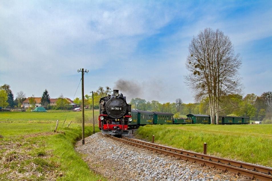 Der Lößnitzdackel ist wieder unterwegs zwischen Radebeul und Radeburg.