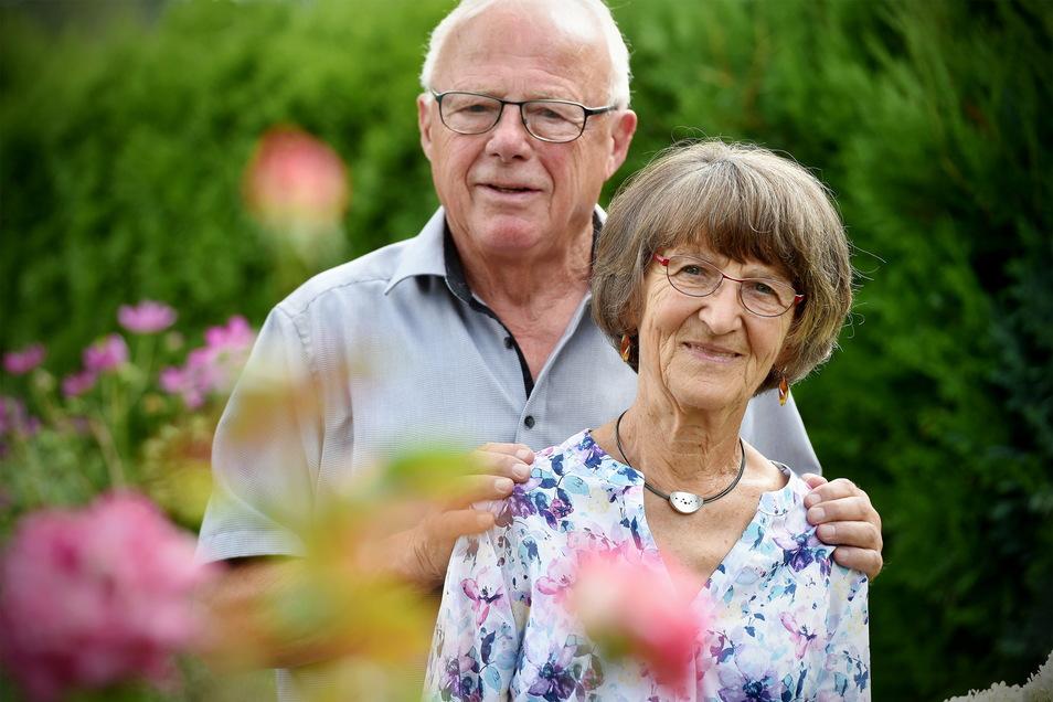 Sie haben voriges Jahr ihre Diamantene Hochzeit gefeiert: Monika und Werner Griesbach aus Leutesdorf.
