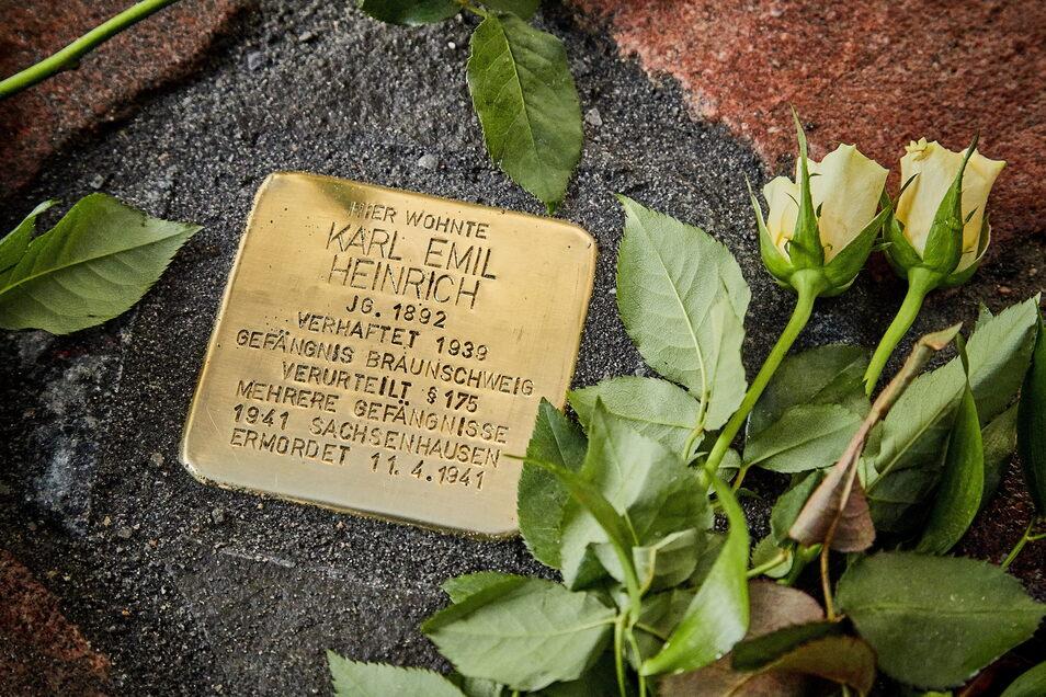 Zehn Mal zehn Zentimeter Gedenken: So sieht ein Stolperstein aus. Dieser wurde im Mai 2019 auf der Niederen Burgstraße in Pirna verlegt.