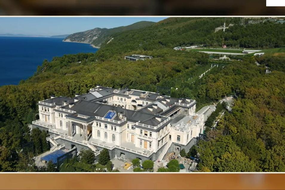 Fast 20.000 Quadratmeter soll die Villa von Wladimir Putin umfassen und teuer eingerichtet sein.