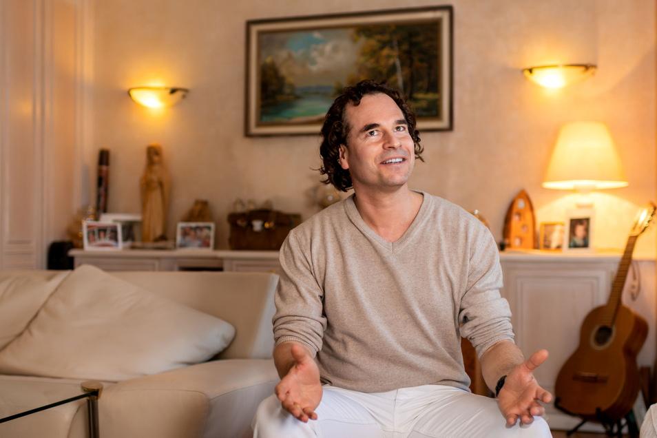 Psychotherapeut Christian Hilse will in seiner Praxis in Neukirch den Menschen vor allem helfen, sich zu entspannen. Dafür nutzt er verschiedene Therapieformen.