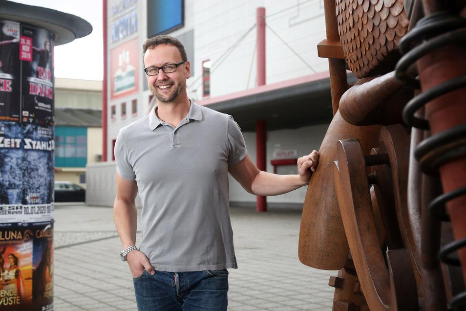 FVG-Chef John Jaeschke ist froh, dass es in der Sachsenarena endlich wieder los geht.
