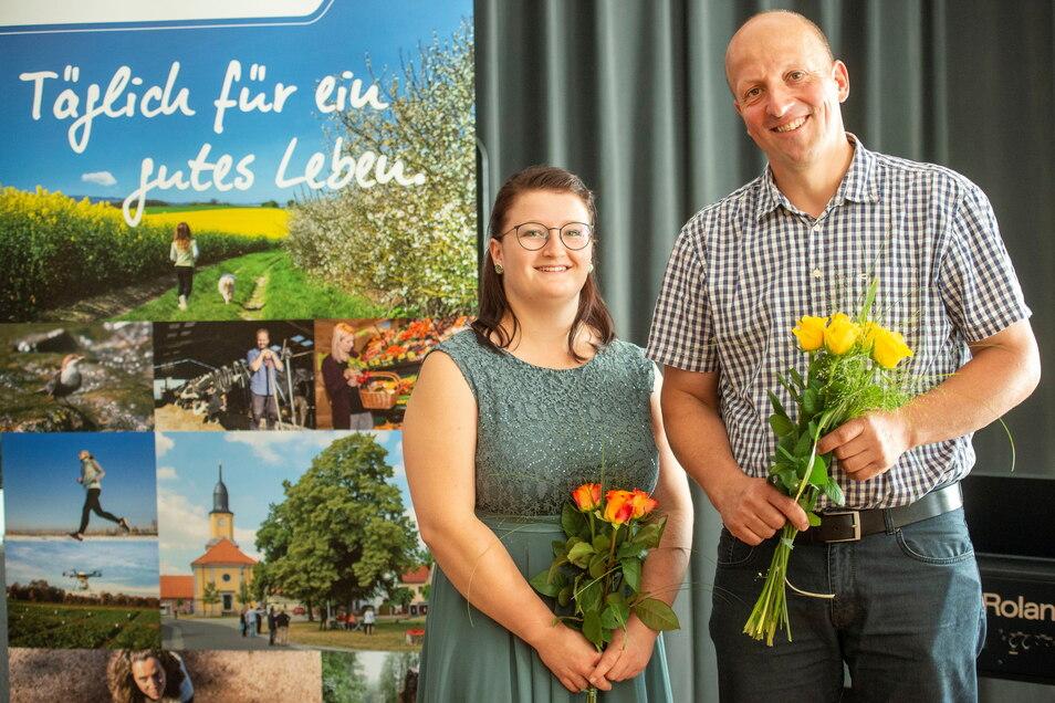 Die beiden Absolventen der Fachschule für Landwirtschaft Großenhain, Jessica Kutzner und Falk Lohmann, gehören zu den Besten. Jessica ist aus Schönborn, Falk aus Volkersdorf.