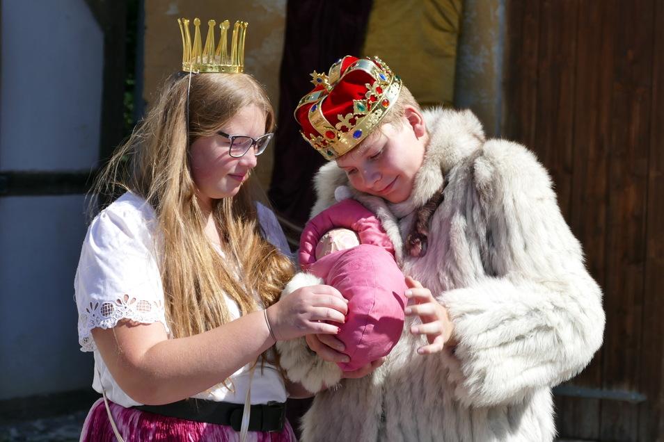 Die Theaterarbeit soll den Jugendlichen auch Selbstbewusstsein geben, um mit eigenen Problemen besser umgehen zu können.