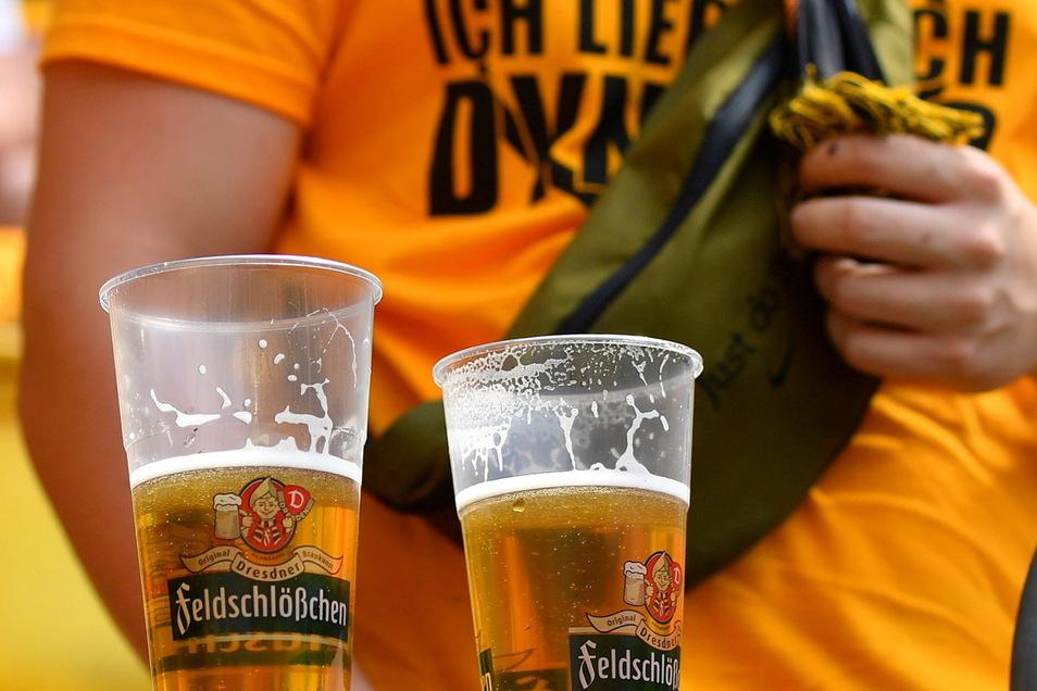 Zu den ersten beiden Heimspiele von Dynamo gegen Ingolstadt sowie Paderborn wurde noch Feldschlößchen ausgeschenkt.