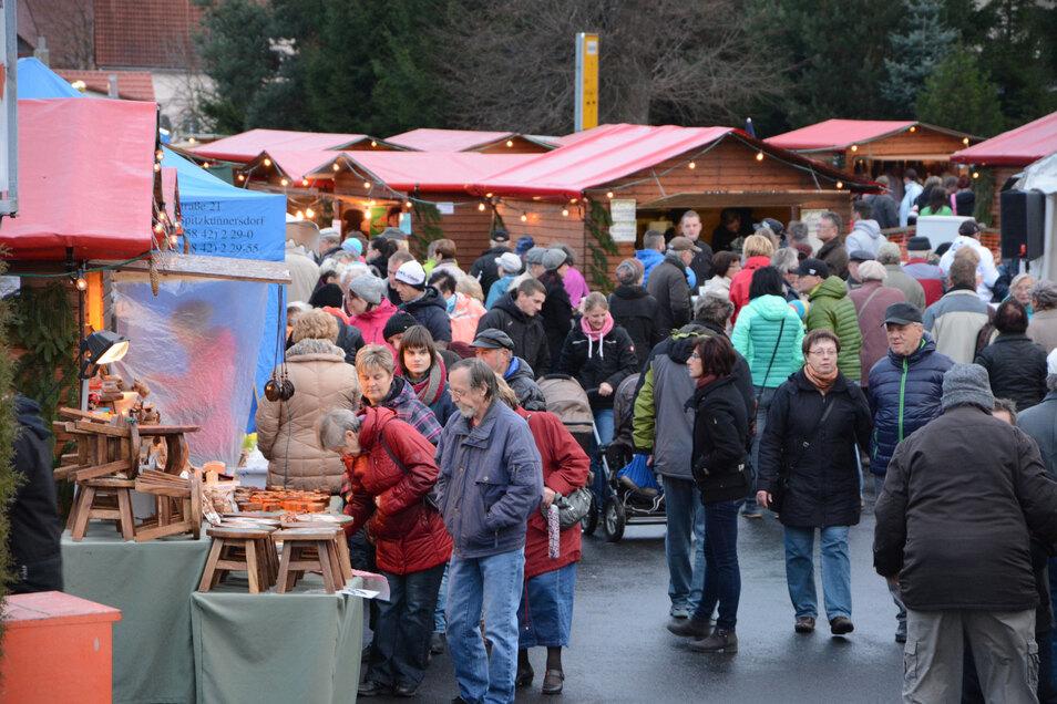 Der vorwinterliche Handwerksmarkt hat in den vergangenen Jahren immer viele Gäste nach Olbersdorf gezogen. 2020 fällt er aus.