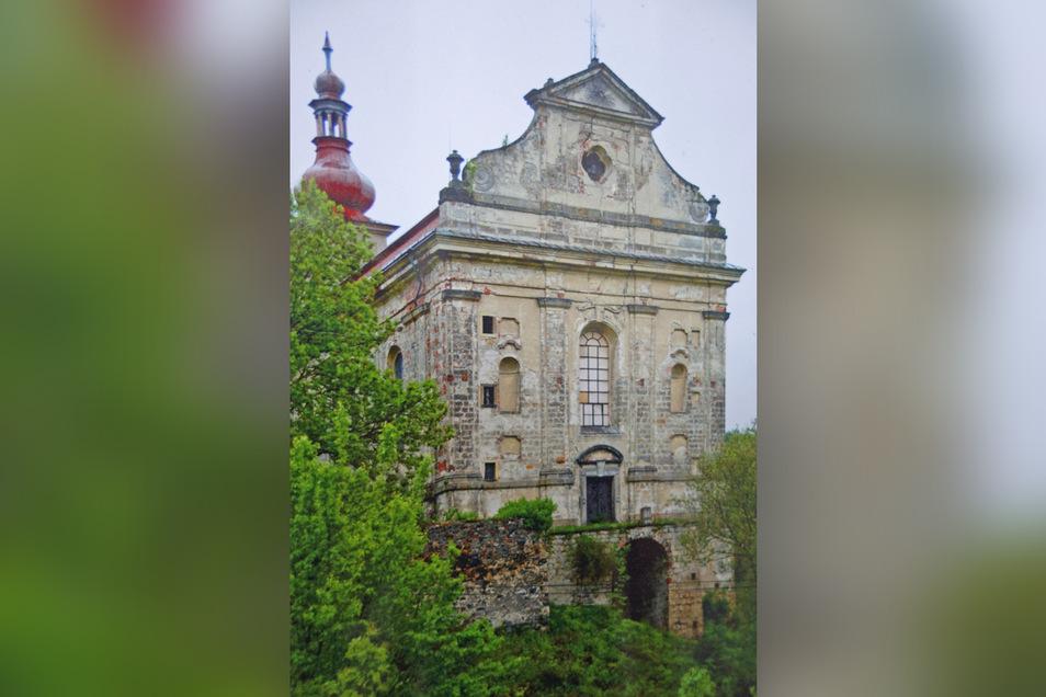 Ein früheres Bild von der Kirche.
