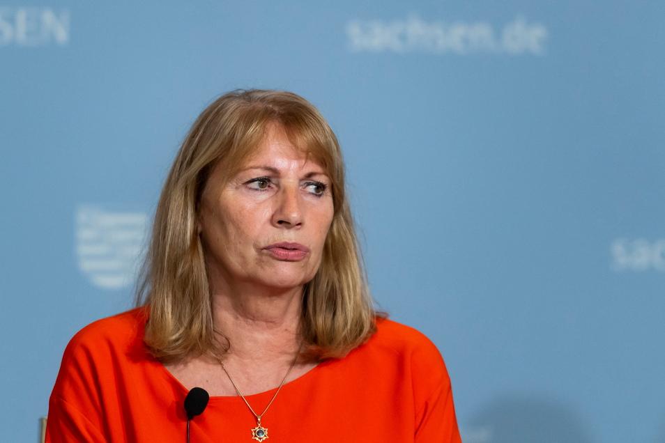 Sachsens Gesundheitsministerin Petra Köpping (SPD) hat die neuen Corona-Regeln für Sachsen vorgestellt.