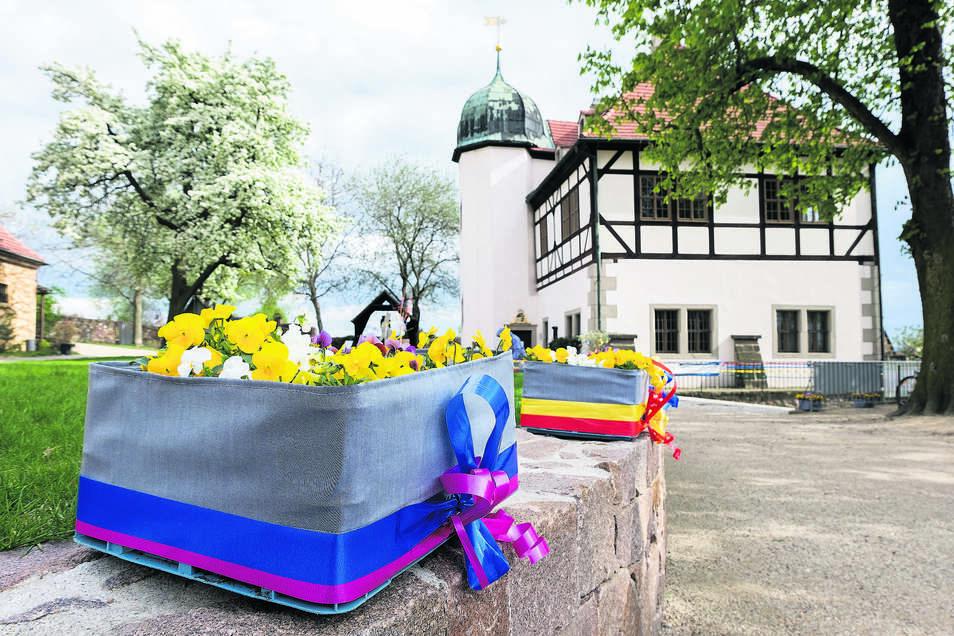 Die Anlage der Hoflößnitz im Frühjahrsschmuck.