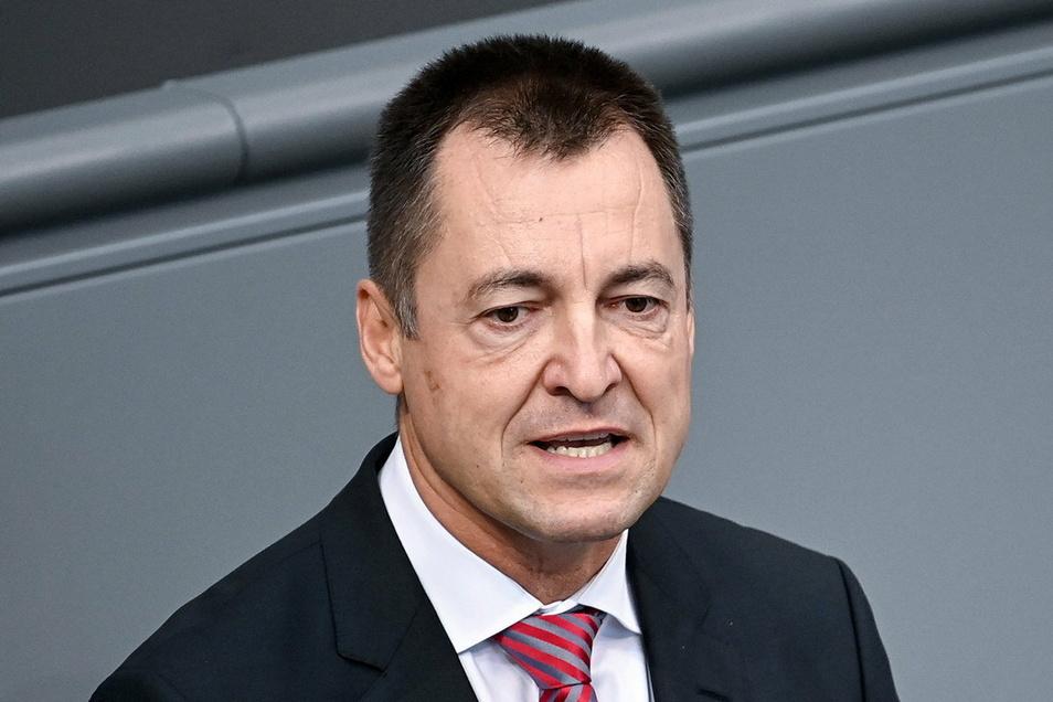 Der FDP-Bundestagsabgeordnete Torsten Herbst sieht in Schnelltests eine bessere Methode, um das Coronavirus zu bekämpfen, als einen immer härteren Lockdown.