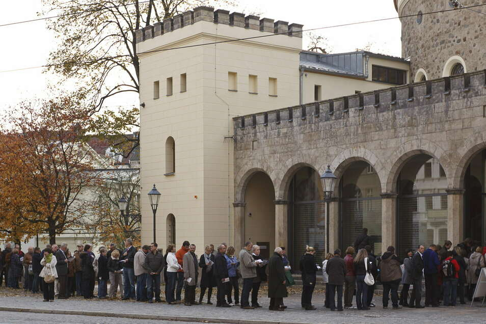 Von Warteschlangen wie diesen im Jahr der Landesausstellung 2011 konnte der Kaisertrutz 2020 nur träumen. In diesem Jahr soll es besser werden, dann geht es um 950 Jahre Görlitz.
