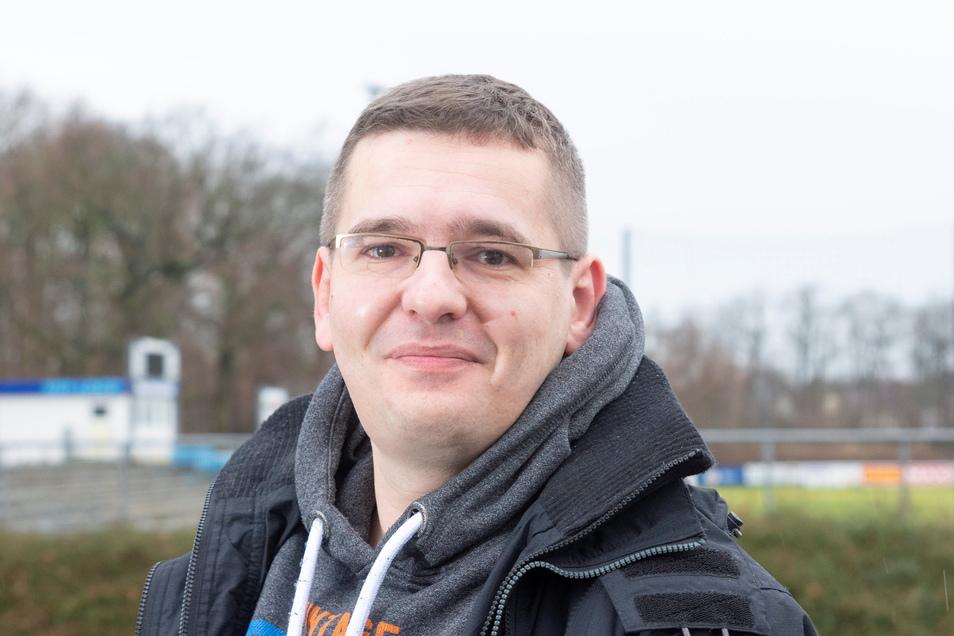 Dominic Neitzsch ist Vorstandsmitglied bei der BSG Stahl Riesa. Dem Vorstand gehören außerdem Bernd Kalies, Ronald Kühne und Olaf Sachse an.