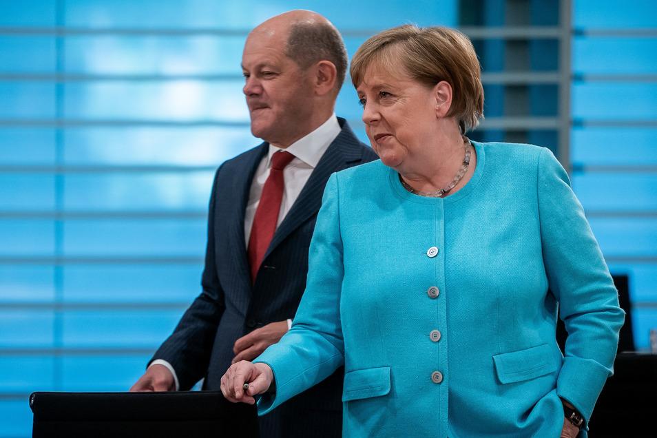 Bundeskanzlerin Angela Merkel und Vizekanzler Olaf Scholz