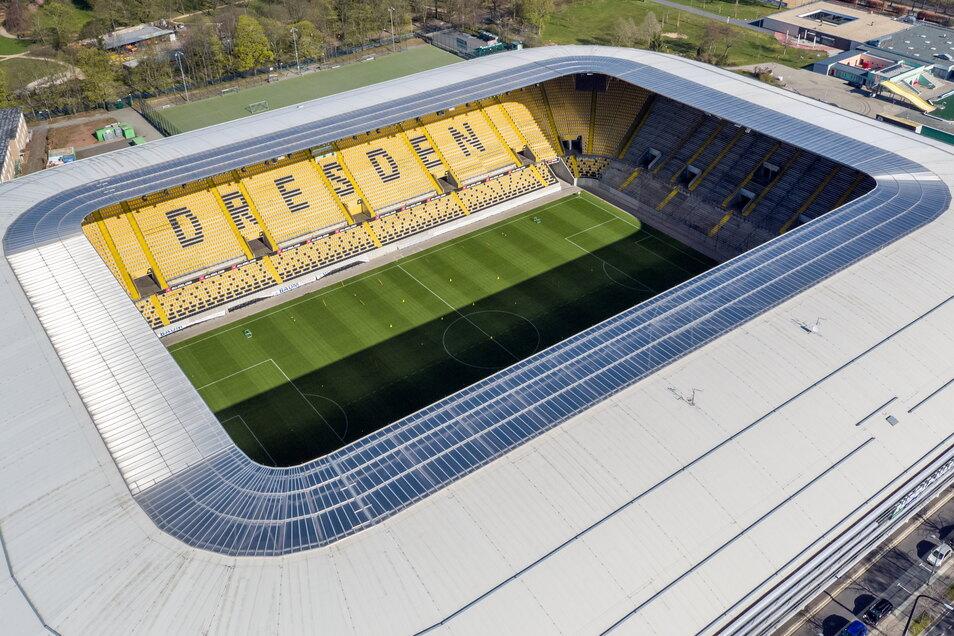 Ab 19. Juni finden im Dynamo-Stadion regelmäßig Veranstaltungen statt. Auch Spiele der Fußball-EM werden dort übertragen.