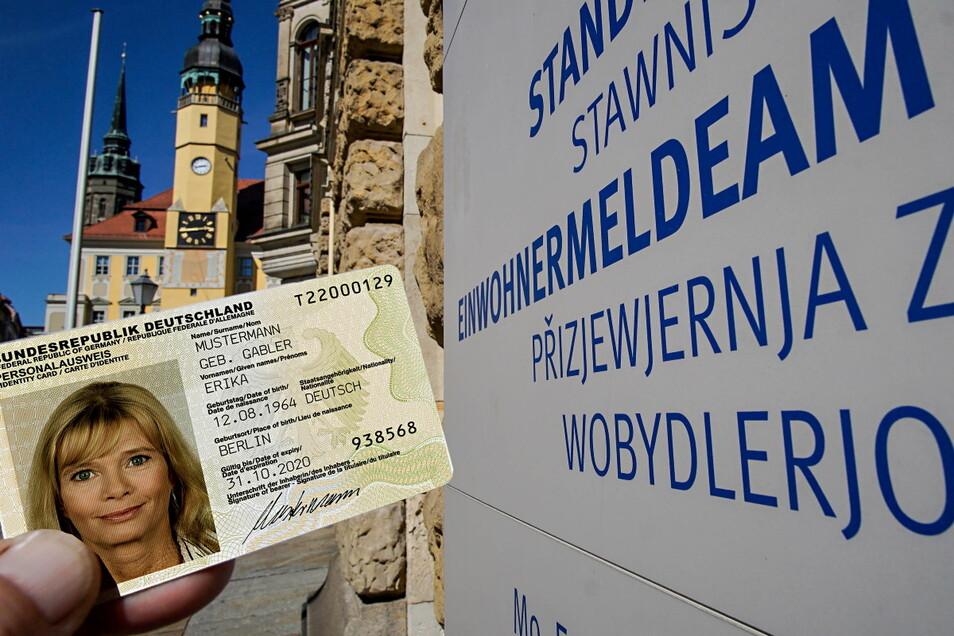 Um sich in Bautzen einen Personalausweis abzuholen, braucht man in einen Termin beim Einwohnermeldeamt. Diesen kann man jetzt auch online buchen.