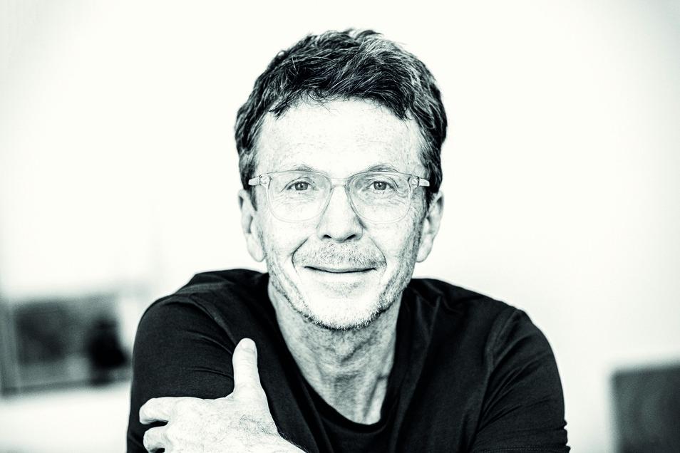 Alexander Osang erhielt für seine Reportagen mehrfach den Egon-Erwin-Kisch-Preis und den Theodor-Wolff-Preis.