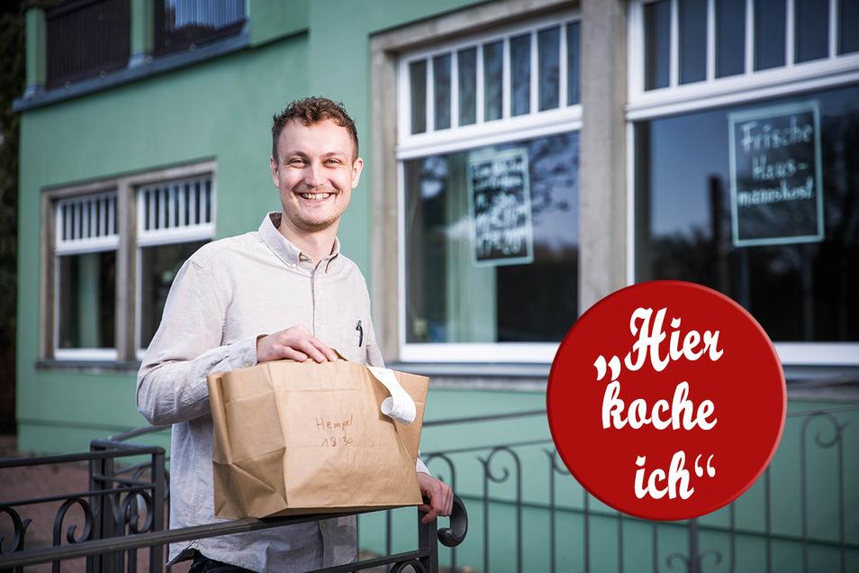 Martin Walther, Inhaber des Café Heiderand, liefert während der Corona-Krise Essen aus.